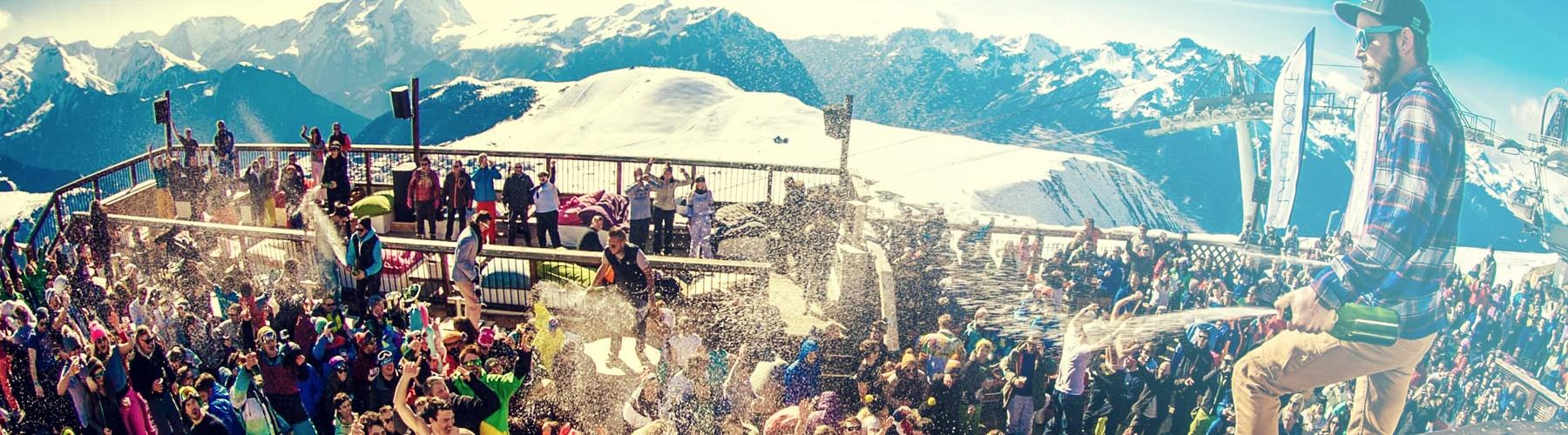 skihomepages_0007_Turquoise Haze