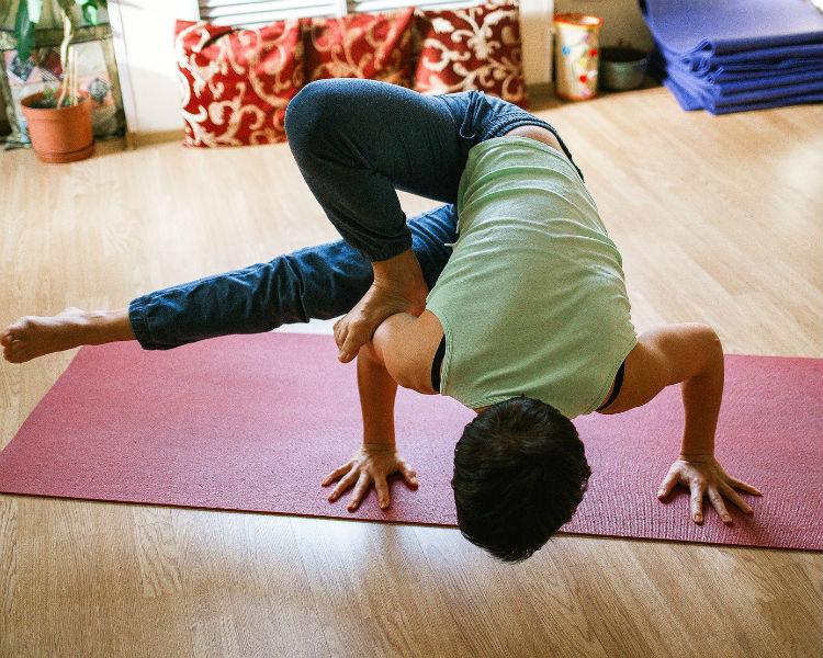 5 Best Yoga Mats For Beginners Go Mammoth